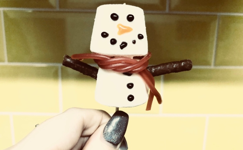 Blogmas Day 9 – Snowman Marshmallows☃️